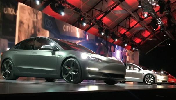 Tesla model 3 izvor Mashable