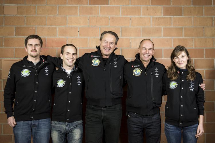 ABB tim inženjera koji je radio na projektu Solar Impulse 2 - foto ABB