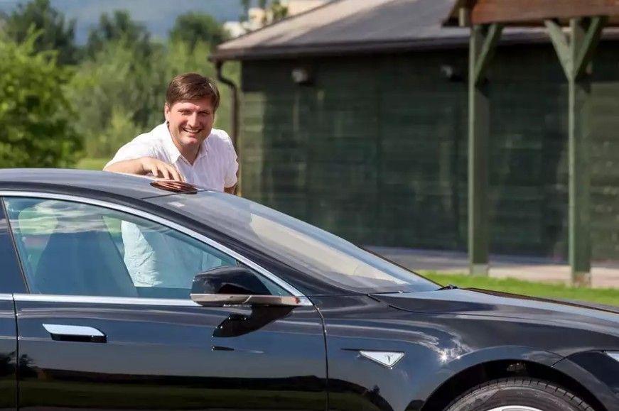 Saša Cvetojević - Tesla Electric connection -foto credit Mario Poje